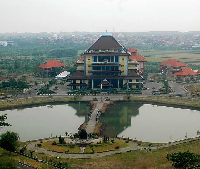 Universitas Airlangga, Indonesia